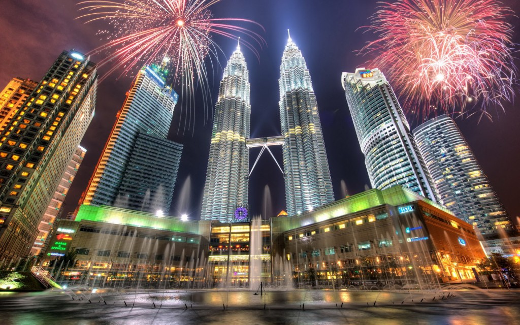 KL-Petronas-Towers_0